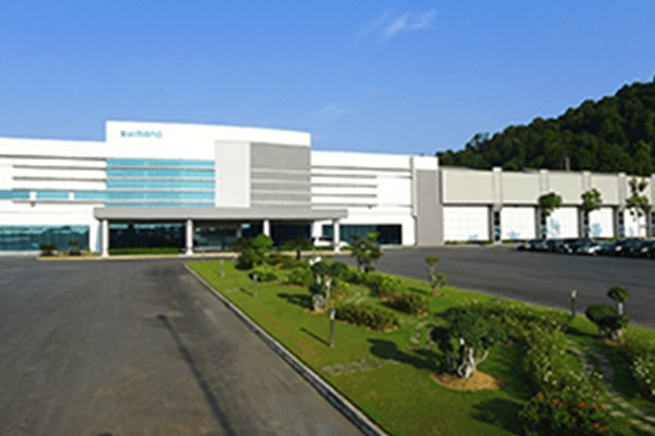 e88ba5bf360 PT SHIMANO BATAM was established in 1991 as a subsidiary of Shimano  Singapore. We have two factories; bicycle components factory (since 1991)  and fishing ...